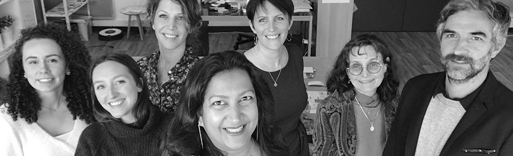 L'équipe de la marque de cosmétique ayurvédique Kérali